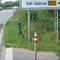 Schön zu erkennen das Dreibein mit Leica und aufgepflanzter Digicam. Die Messbeamten reagierten etwas ungehalten auf meine Photos- schöne Grüße! :) Das messfahrzeug stand für den nahenden Verkehr unsichtbar in einer kleinen stichstraße unterhalb des im bild abgebildeten Pfostens. Nr: RD- PM 669- weinroter A6 Avant Jahrgang ~1998/99. Es existieren bilder von dem fahrzeug- ich lade sie allerdings aus Datenschutzgründen und wegen persönlicher Unterlassensdrohungen vorerst nicht hoch.