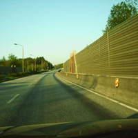 "Anfahrt. Wer hier nach dem sogenannten ""Pfohe-Knoten"" (B 321/B 106) an der Schallschutzwand in Richtung SN-Dreesch fuhr ..."