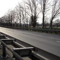 """Gesamtansicht - Die Messtelle befindet sich auf einer Brücke kurz vor der Abfahrt """"Heilsbronn Ost"""""""