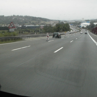 hier links steht Opel Astra grün /Polizei Gera