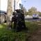 Der zarte Versuch einer Tarnung, der aber durch den sehr auffällig geparkten Messwagen wieder zu Nichte gemacht wurde! ;-D