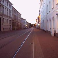 Anfahrt. Wer sich nähert, sollte lieber genau hingucken ... die Tonne zielt mal wieder in die Richtung, nicht wie sonst so oft in Richtung Marienplatz (sh. Galerie)