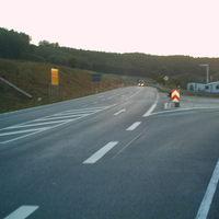 Hier die Anfahrtsansicht aus Richtung Uder. Gemessen wurde in beide Richtung. Strecke wurde letztes Jahr erst neu ausgebaut.