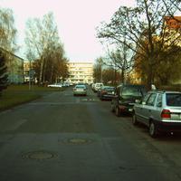 Anfahrt. Die Schweriner Weststadt (auch Name des Stadtteiles) ist komplett 30-Zone, dementsprechend oft ist das Ordnungsamt hier zu Gast.