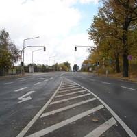Anfahrtsansicht (von Wintersdorf kommend).