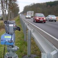 Diese Leica stand irgendwo auf der B27 im Bereich der Stadt Eschwege, der das Gerät auch gehört.