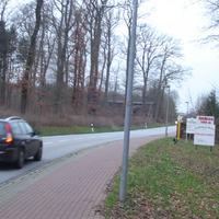 Das Ganze ging kurz hinter dem Ortseingang Pingelshagen los. Man konnte die Gerätschaften ganz gut erkennen, wenn man nicht gerade mit 80 in die Ortschaft rein ist und rot sehen musste. ;)