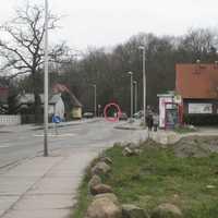 In Stralsund ist immer Vorsicht vor Laserkontrollen geboten - vor allem dort wo man nicht damit rechnet. Hier wurde auf der Barther Straße, ca. 250m hinter der Ampelkreuzung Carl-Heydemann-Ring gemessen.