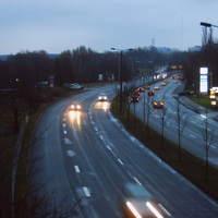 Gesamtübersicht von der Brücke hinter der Esso-Tanke. Da hier die Crivitzer und Ludwigsluster zusammenlaufen (Spurwechsel), sollte man mal auf seinen Tacho sehen. Wenn nicht, tut's die Polizei :o)