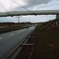 Ansicht auf die Brücke, auf der die Beamten standen (rechts oben im Kreis).
