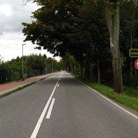 Anfahrt. Bis hier gilt noch Tempo 50 (Ortschaft Pingelshagen;Kreis NWM). Ab der Kreisgrenze dann 60.