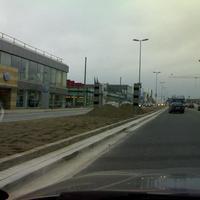 Wiesbaden hat eine Strasse ohne Blitzer gefinden!Gerade im Aufbau...2 mal PoliScan auf der mainzer Strasse