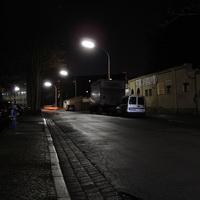 Der Messpunkt befindet sich auf Höhe der Ablaugerei (oder was das auch immer ist) in Fahrtrichtung Kurgartenstrasse.