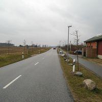 Anfahrt aus dem Dorf Rtg. B321. Nichts ungewöhnliches.