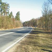 Zwischen Nürnberg und Heroldsberg in Richtung Heroldsberg. Anfahrt. Der blaue VW-Bus war das einzige, was Aufmerksamkeit erregen könnte.