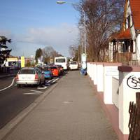 Rechts der VW-Bus der Firma Safety First aus Reinhardshagen (Nordhessen).