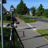 Am Ortsausgang von Seehof postierte sich heute Nachmittag ein 2-köpfiges Laserkommando der PI Gadebusch. Die Meßdistanz war mit etwa 110 m etwas kurz.