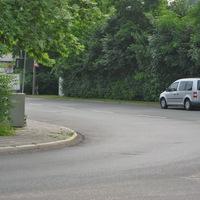 es handelt sich um die Messstelle von der Hafenstraße her kommend direkt nach der scharfen Linkskurve. Man möge denken, dass die Geschwindigkeiten hier nach der Kurve ziemlich gering ausfallen...