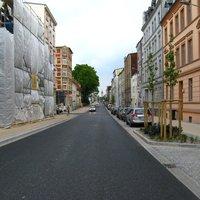 Anfahrt, aus Richtung Güstrower Tor/Knaudtstraße. Die Straße wurde kürzlich nach langer Sanierung wieder freigegeben.