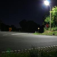 Diese Messtelle liegt in einer Senke auf Höhe Bräuersdorf die auf 70 km/h limitiert ist. Hier die Fahrtrichtung NEA   ...rechts geht's nach Hagenbüchach, links über Dürrnbuch nach Markt Erlbach.