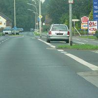Anfahrt vom Kreisverkehr.