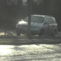 Der Meßwagen plazierte sich auf dem kleinen Parkplatz. Hier die Frontansicht...