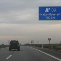 Anfahrt auf die Messstelle welche nach etwa 1 km direkt an der Anschlussstelle Halle-Neustadt folgt.