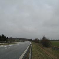 Anfahrt. Hier führen die Spuren der A24 aus Rtg. Hamburg (links) und Berlin (rechts) kommend zusammen.