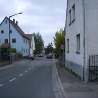 Anfahrtsansicht. Wir kommen aus Neu-Worzedorf und durchqueren gerade die scharfen Kurven in Alt-Worzeldorf.