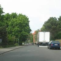 Anfahransicht stadtauswärts in Richtung Dorfstrasse / Kronsforder Allee .