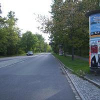 Anfahrtansicht hinter der Kreuzung Glogauer Straße.