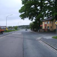 Anfahrtsansicht Höhe Waldsiedlungsstraße.