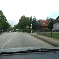 Anfahransicht aus Reinfeld kommend auf der  B 75  der Ortseingang von Stubbendorf ...