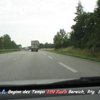 """Ab hier beginnt die 120 km/h Geschwindigkeitsreduzierung auf der A1. Abfahrt vom Parkplatz """"Hasselburger Mühle """", Südseite bei km 93,5 in Richtung Süden, Neustadt /Ostsee bzw. Lübeck, Hamburg der E 47 ..."""