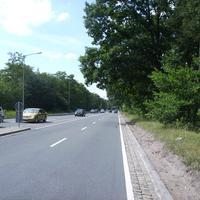 Anfahrtsansicht kurz nach der Hans-Fallada-Straße.