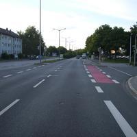 Anfahrtsansicht Höhe Kreuzung Fallrohrstraße.