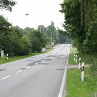 Anfahrt auf die Messstelle. Links ist bereits der silberne Messwagen des Landkreises Ostvorpommern zu erkennen.