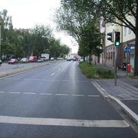 Anfahrtsansicht Höhe Ampel Platenstraße (keine Einmündung!).