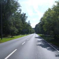 Anfahrtsansicht kurz hinter der Einmündung Glogauer Straße.