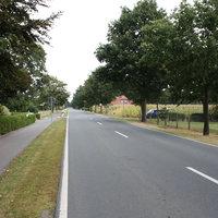 Anfahrtsansicht: 70er Zone in Richtung Oberlethe/Wardenburg, aus Richtung Petersdorf kommend