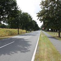 Anfahrtsansicht: 70er Zone in Richtung Petersdorf, aus Richtung Oberlethe/Wardenburg kommend