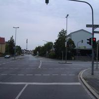 Anfahrtsansicht Höhe Kreuzung Holsteiner Straße.