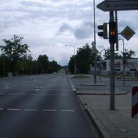 Anfahrtsansicht an der Kreuzung Gleiwitzer Straße.