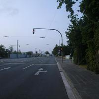 Anfahrtsansicht Höhe Benno-Strauß-Straße.