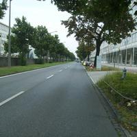 Anfahrtsansicht kurz vor dem AEG Gebäude.
