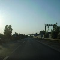Anfahrtsansicht kurz nach der Ausfahrt Nürnberg-Westring. In Kürze werden die Fahrbahnen stark verengt. Deshalb gilt hier ein Tempolimit von 60km/h.