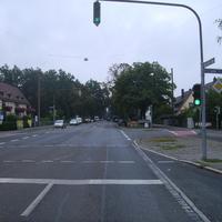 Anfahrtsansicht Höhe Bibertstraße / Hohenecker Weg.