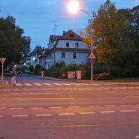 Blick von der Birkenfelder Straße über die Bamberger Straße in die heute bemessene Straße