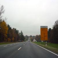 Anfahrtsansicht kurz vor dem Ortseingang Untersteinbach an der Haide.