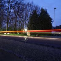 Abendmessung im Überblick: Messwagen  vom LK Emsland stand auf dem Schützenplatz, das Speedoguard kurz hinter der Einfahrt ca. 200 Meter vor dem Ortsausgang Esterwegen.
